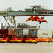 rotterdamhavenwerk ect sealand 1994,container op- en overslag, historie, geschiedenis,haven van rotterdam, havenfoto, foto, foto's, rotterdam, haven, historie container op-en overslag rotterdam, apmt rotterdam,apm,kramer, rwg, c.steinweg, qd, kroonvlag, ect, mtr, handelsveem, jc meijers, rst, umiport,ect delta, hanno, euromax, ect,unitcentre, ect home,havenwerk010, containers, port of rotterdam, containercargo, cargo, harbourphoto, photo, pictures, history container rotterdam , dockworkrotterdam.com, rotterdamhavenwerk.nl,containerhandling, laden en lossen, haven,