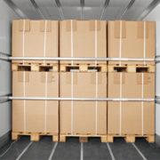 lading in een trailer gezekerd doorstangen